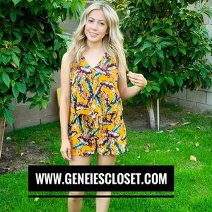 Other - Geneies feathered girl romper
